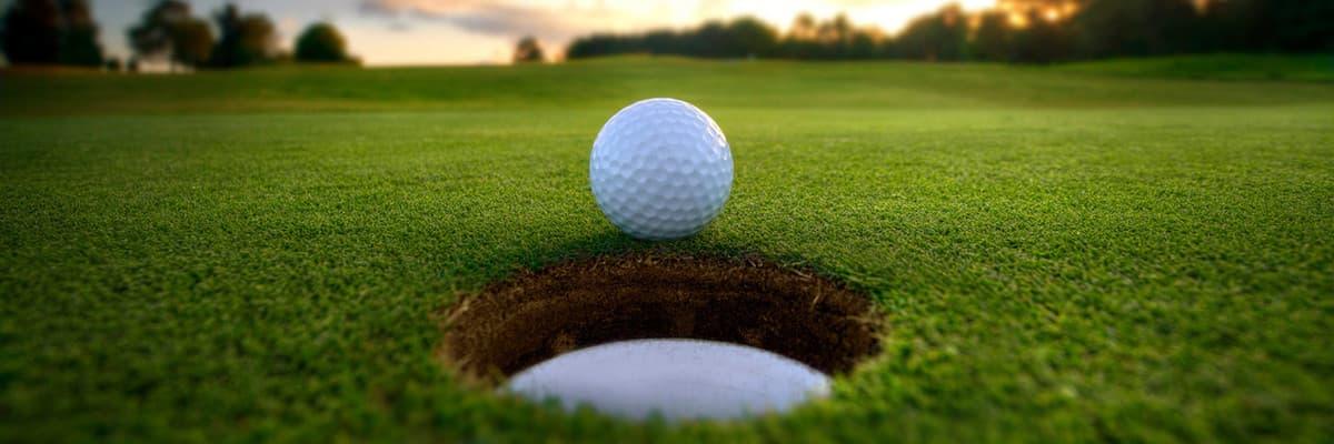 Een 9-holes golfbaan in de duinen van Noord-Holland.